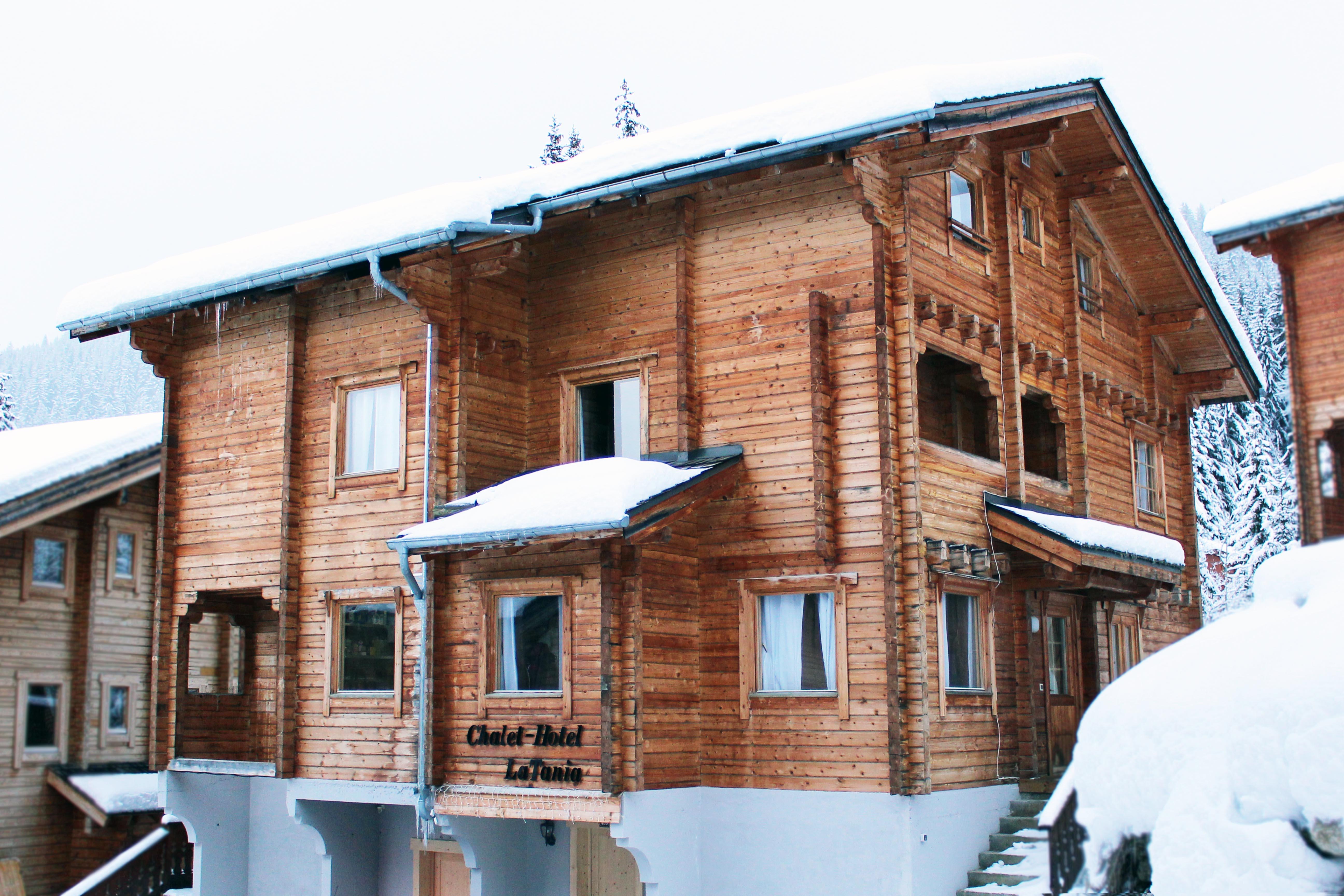 chalet-hotel outside